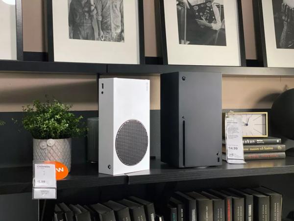 Xbox Series X и Series S «протестировали» на совместимость с мебелью IKEA